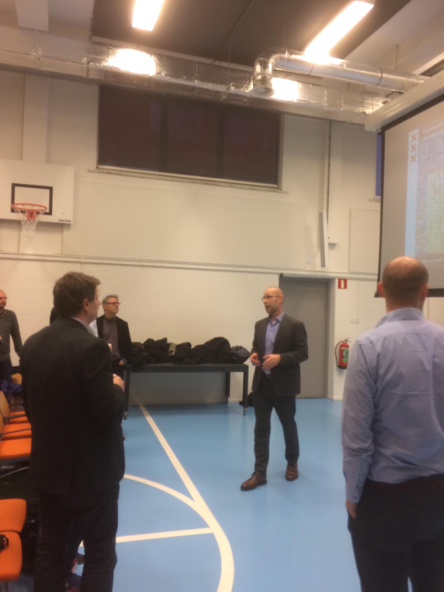opening SE-workshop door Tjeerd Roozendaal